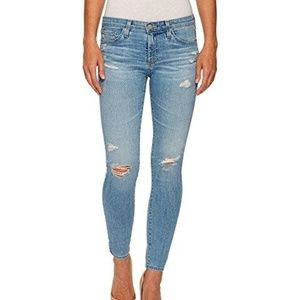BRAND NEW AG SKINNY JEANS-BOUTIQUE OWNED